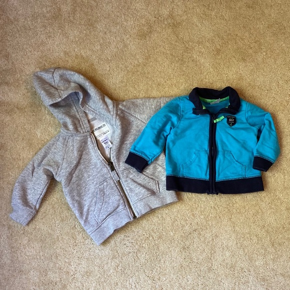 Carter's Other - Carter's 9M Sweaters